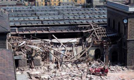 Bologna ricorda la strage, unico assente il governo