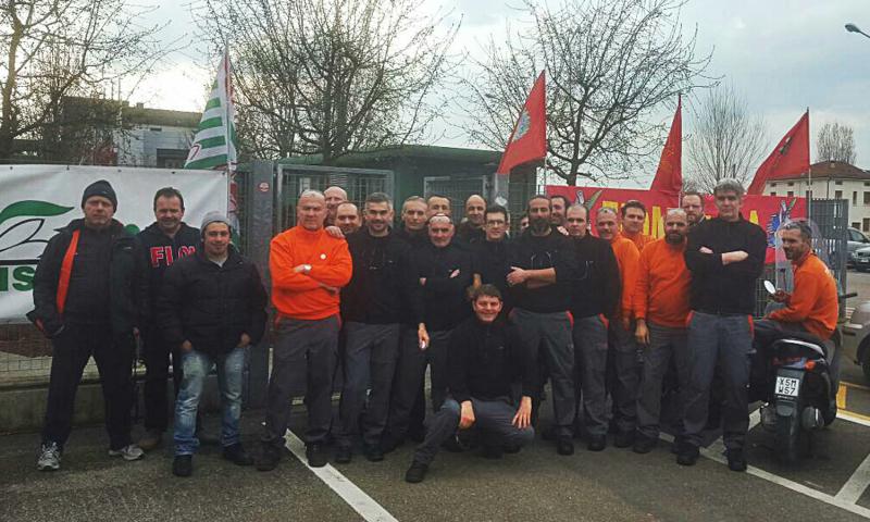 I sindacati dei metalmeccanici tornano uniti in sciopero generale davanti alla Turolla