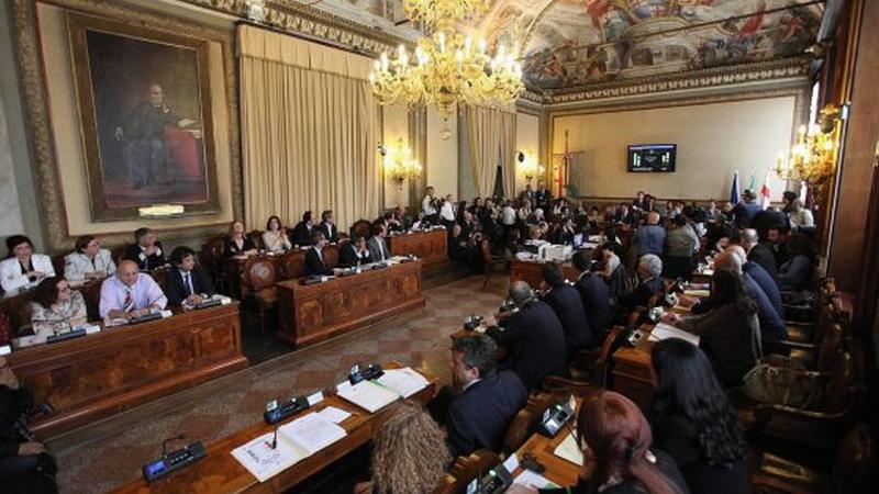 Bologna, sondaggio Swg: Merola non evita il ballottaggio