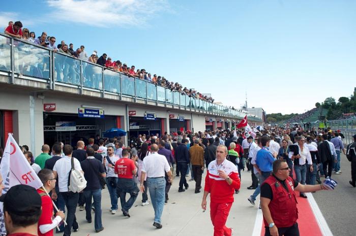 """""""Open paddock"""" all'autodromo di Imola"""