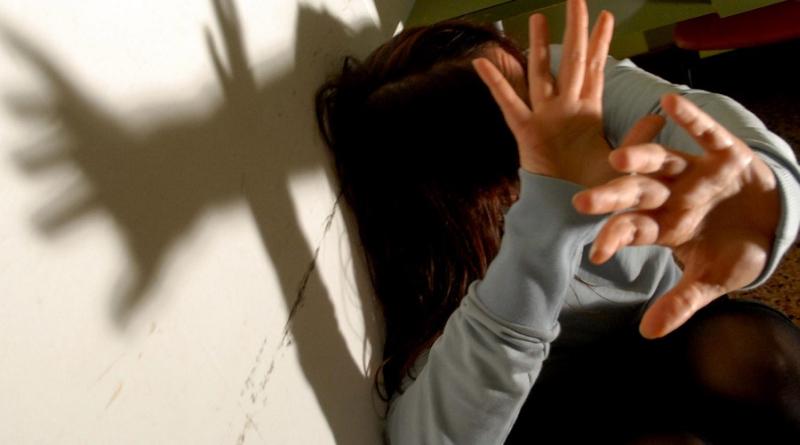 L'uomo responsabile di molestie in biblioteca era stato allontanato dalla Pm