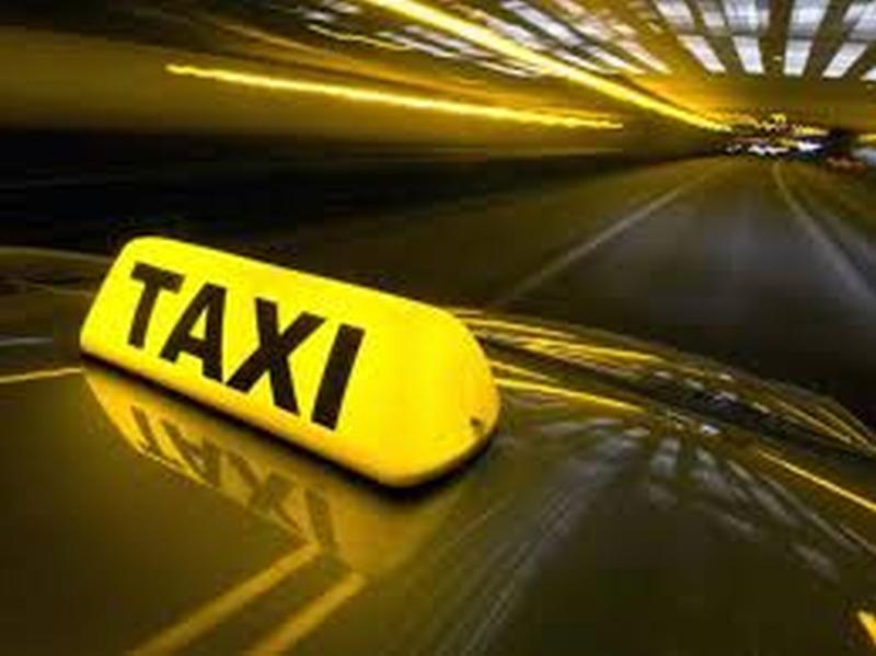 Tariffa notturna dei taxi ridotta per le donne