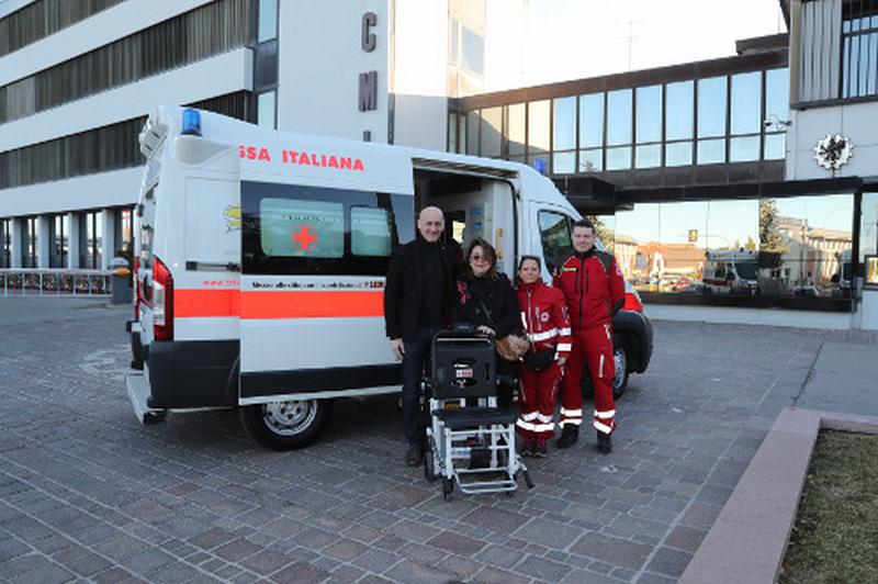 Donazione Sacmi per la Croce rossa