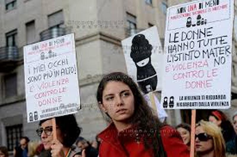 Lotto marzo. Le donne scioperano in 48 Paesi. In Italia 70 città in piazza