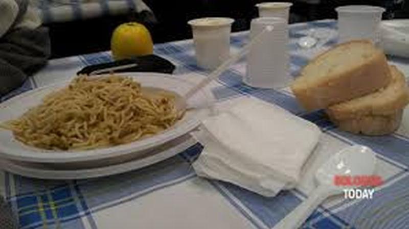 Con CiboAmico donati da Hera pasti non consumati a persone in difficoltà