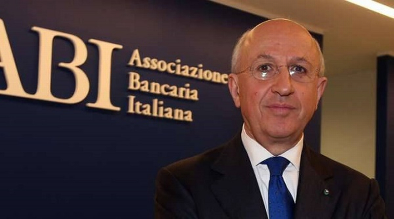 Patuelli, presidente Abi, a palazzo Sersanti per parlare del ruolo delle banche