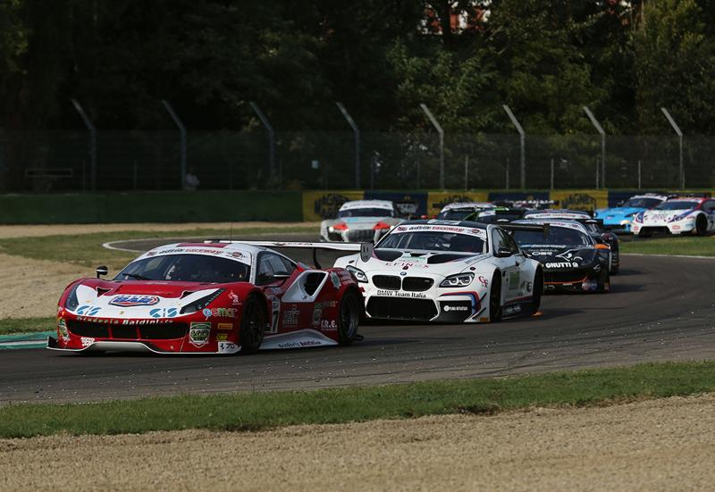 Ancora rumore nel week-end all'autodromo con Gran Turismo e Porsche