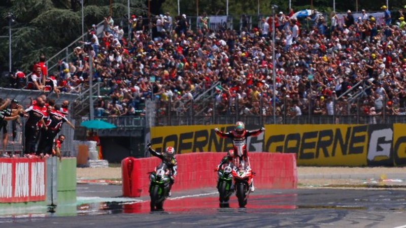 Superbike: sfida aperta all'autodromo di Imola