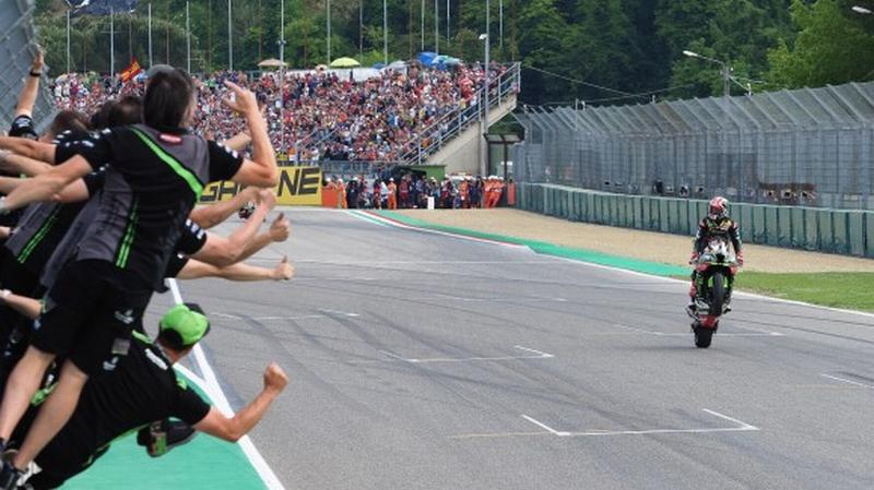 Mondiale Superbike a Imola, Rea domina Gara 1