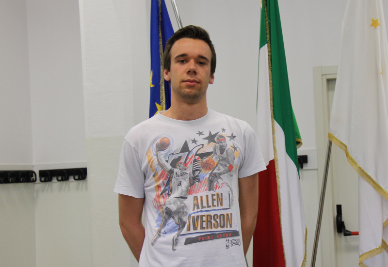 Terzo posto per l'imolese Mattia Biavati alle Olimpiadi nella sezione Biologia