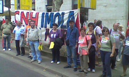 Lavoratori Cnh: non vogliamo l'elemosina ma un lavoro