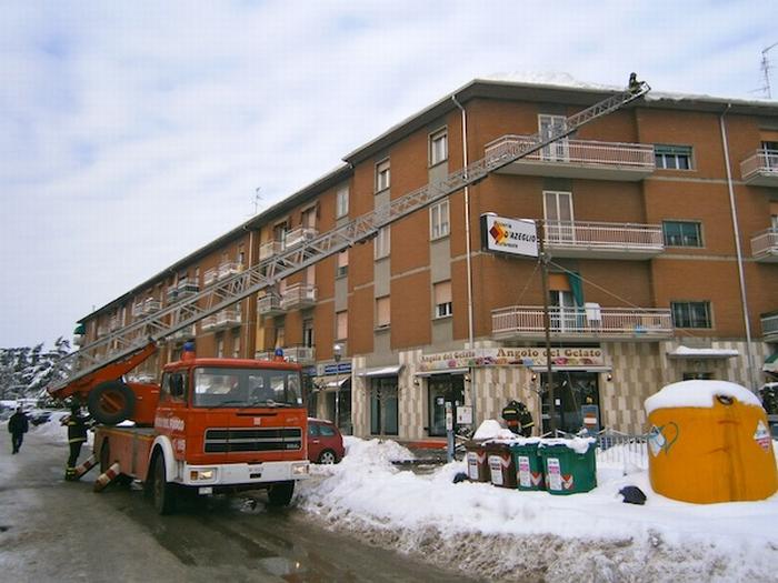In arrivo altra neve, intanto attenzione ai tetti