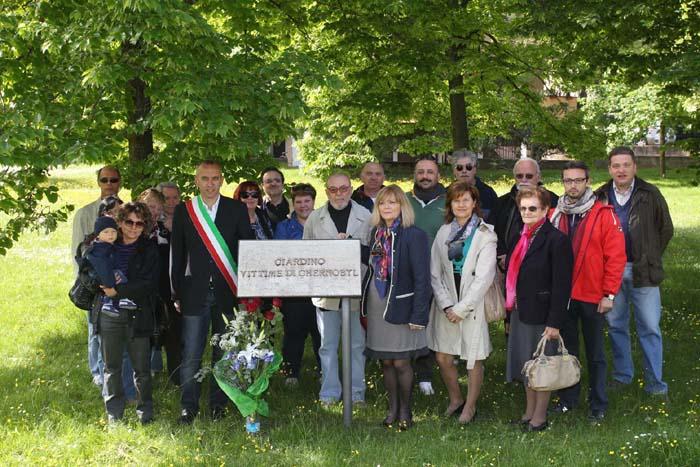 Una cerimonia per le vittime di Chernobyl