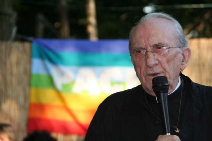 Don Gallo. il prete che ama le rivoluzioni