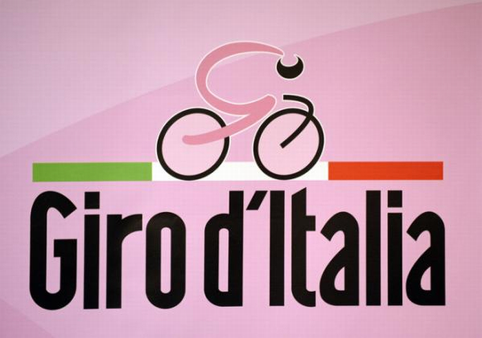 Il Giro a Imola solo di passaggio