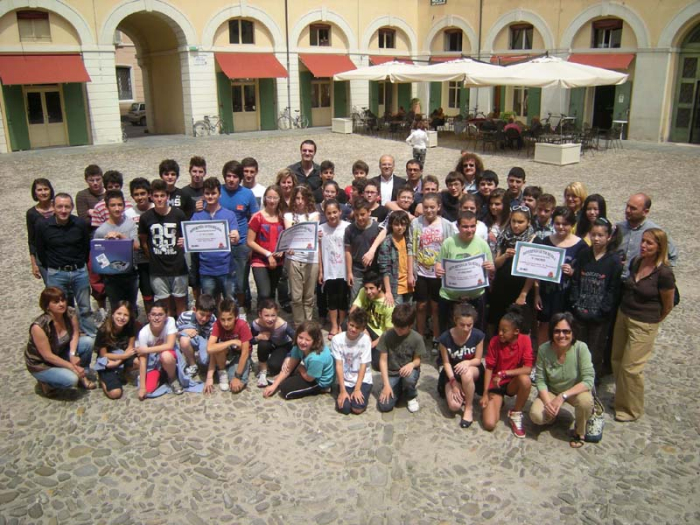 """Istituto Bucci, scuola più """"riciclona"""" di Faenza"""