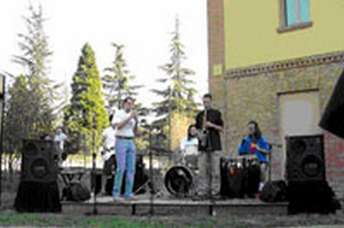 I musicisti imolesi per i terremotati dell'Emilia