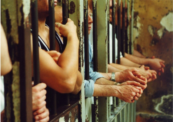 Carceri: terremoto e sovraffollamento