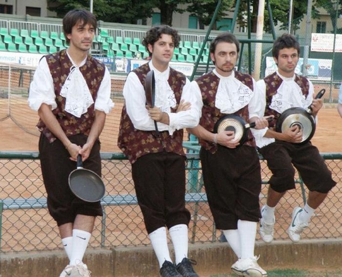 """""""A tennis si gioca… con la padella"""""""