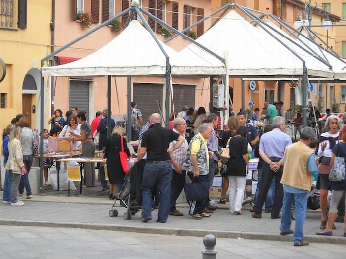 Prima Festa del baratto a Castel San Pietro