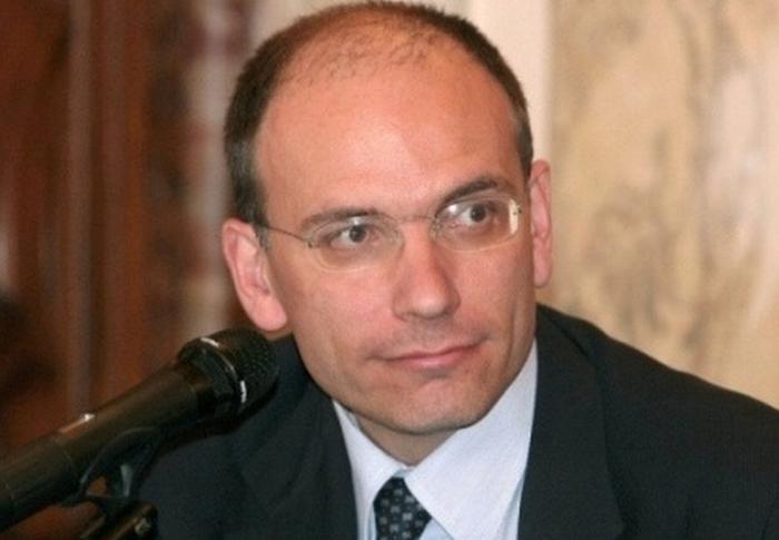 Enrico Letta a Ponticelli per Bersani
