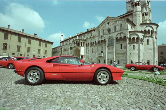 La stampa estera tra Ferrari, Ducati e auto d'epoca