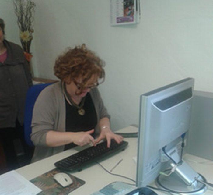 Allentare la burocrazia con i contratti elettronici