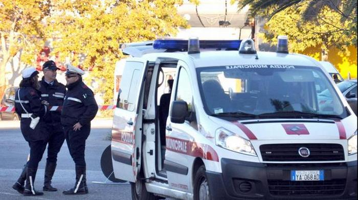 Taxista abusivo scoperto dalla polizia municipale