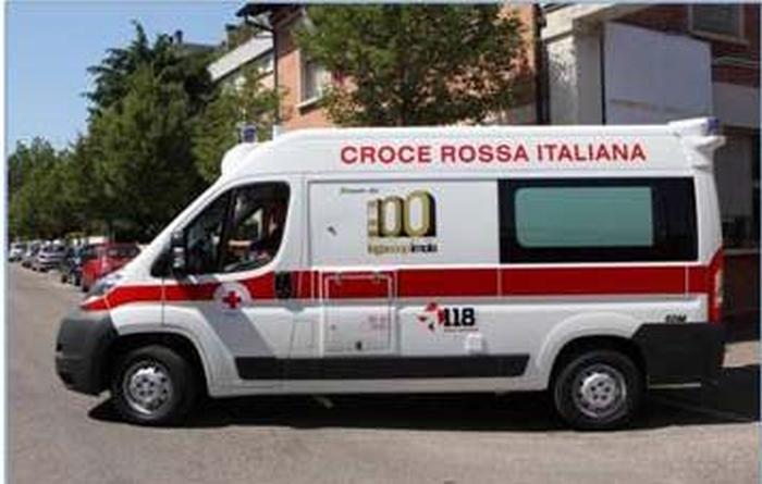 Legacoop Imola dona un'ambulanza alla Cri