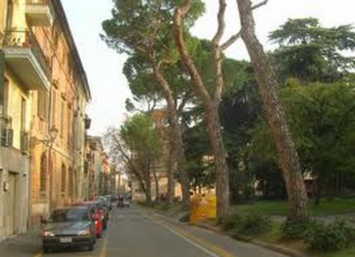 Allarme bomba ai giardini di San Domenico