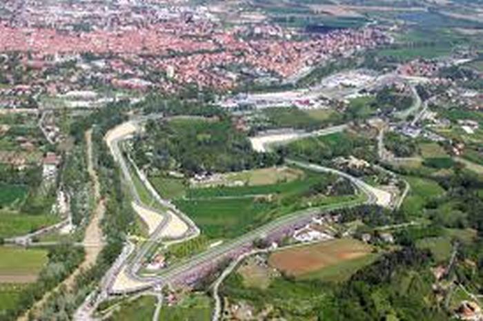 Autodromo, Formula Imola replica al M5S