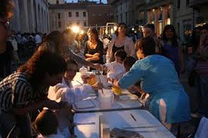 "Imola di mercoledì apre allo ""Street food"""