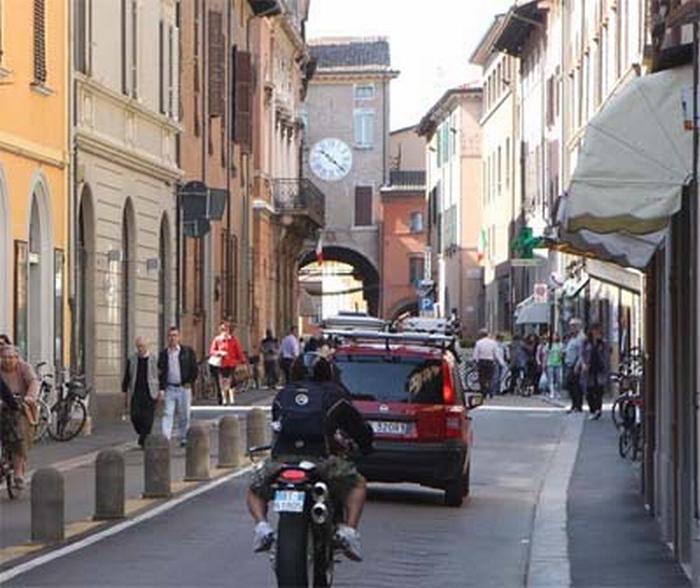 """Forza Italia denuncia """"degrado"""" in centro storico"""