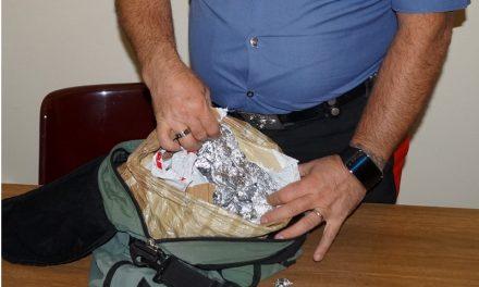 Tenta furto di tre paia di pantaloni all'Ovs, arrestato
