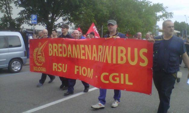Bologna, la via Crucis della Bredamenarinibus