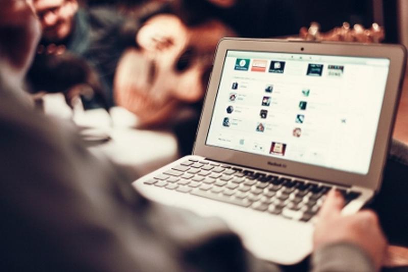 I Millennials preferiscono le banche online