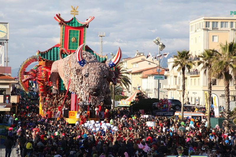 La magia del Carnevale di Viareggio