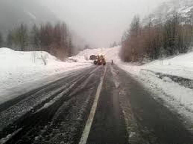 Continua l'allerta ghiaccio su strade e autostrade