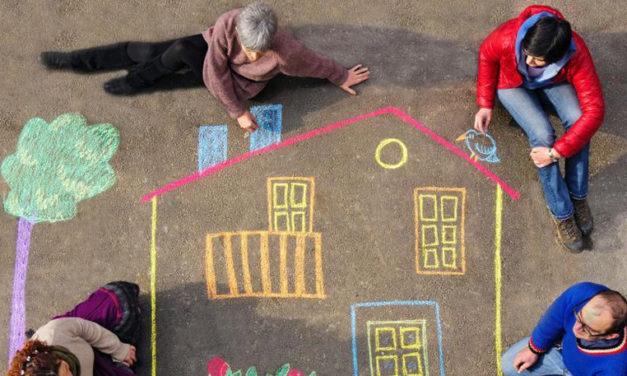 """Bologna e l'""""abitare sociale"""", la nuova forma di convivenza solidale"""