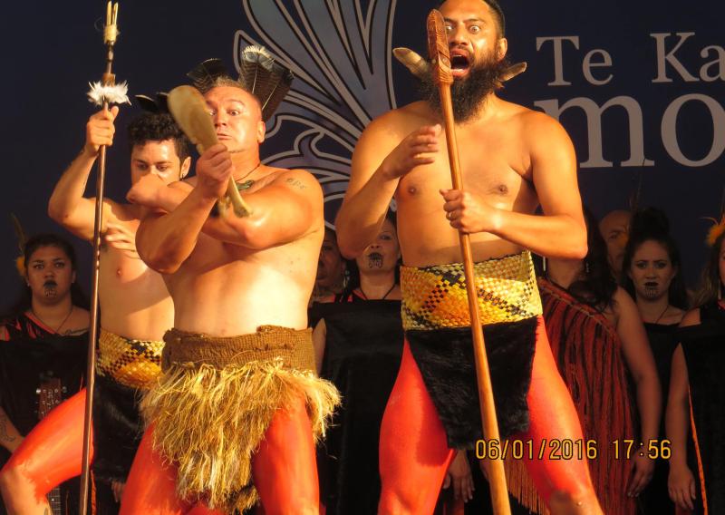 Festival del Folclore con la novita' della cultura Maori