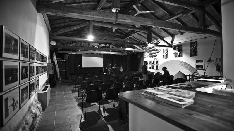 """Teatro comunale di Dozza: la gestione passa a """"La Bottega del Buonumore"""""""