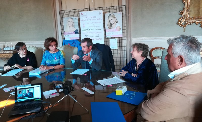 Le iniziative della Lilt contro i tumori al seno in aumento e il plauso della sindaca