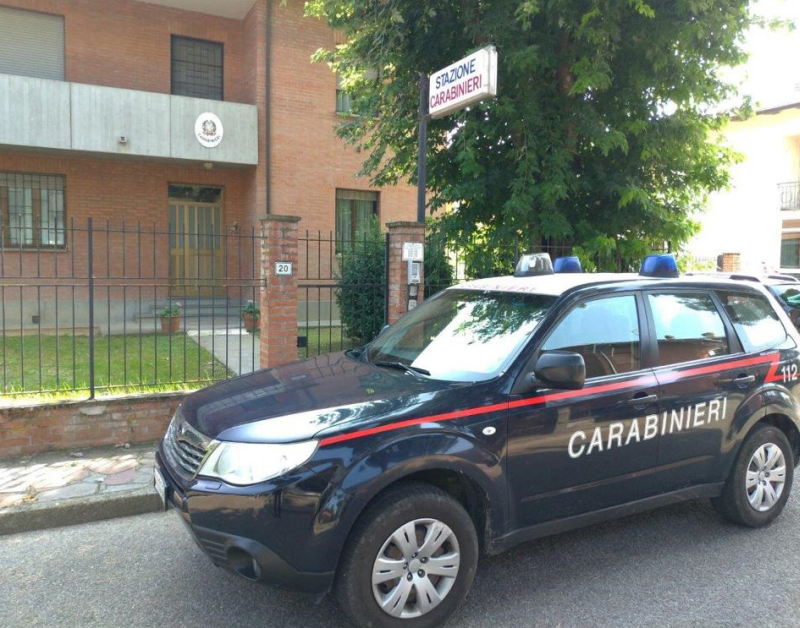 Truffavano i commercianti della Vallata, denunciati dai carabinieri