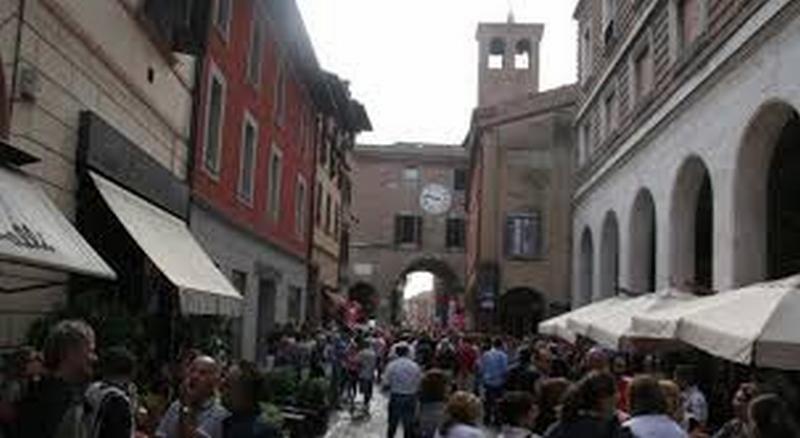 """Confesercenti: """"Rivitalizzare il centro storico abbassando le tariffe di Area Blu"""""""