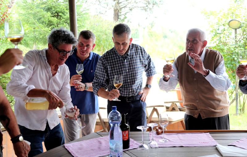 """L'azienda Tre Monti della famiglia Navacchia su Rai2 in """"Signori del vino"""""""