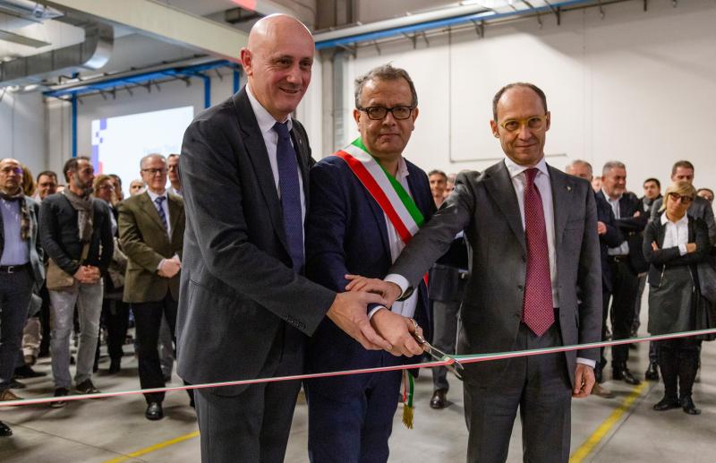 Inaugurato il nuovo stabilimento Sacmi di incarto di prodotti a base di cioccolato