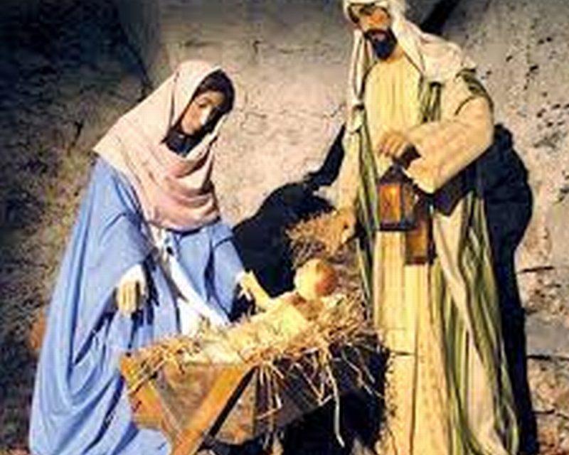 Gesù Bambino trafugato dal presepe di piazza Matteotti e gettato poco lontano