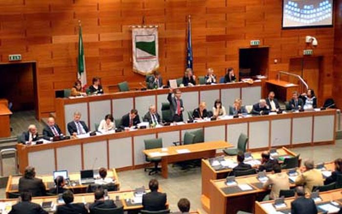 Commissione bilancio: approvato l'emendamento anti mafia