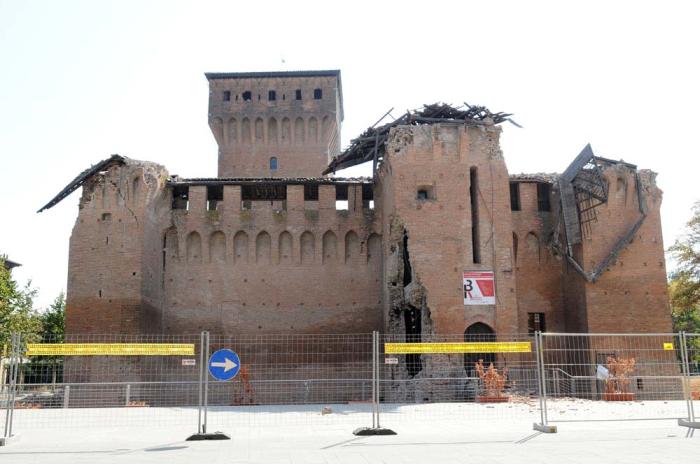 """Terremoto Emilia, """"Vegliate per una ricostruzione veloce e pulita"""""""