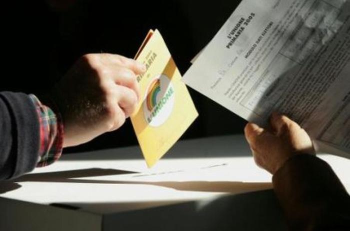 Primarie exit poll, Bersani in testa ma non ce la fa al primo turno